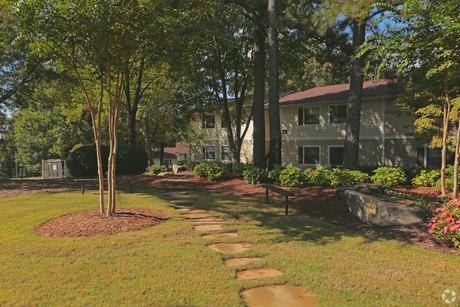 1557 Terrell Mill Rd Se Marietta, GA 30067