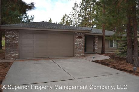 2717 NW Champion Cir, Bend, OR 97703