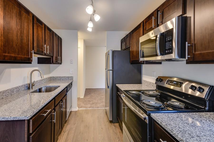 Westwinds Apartments 1029 Spa Rd Apartment For Rent Doorstepscom