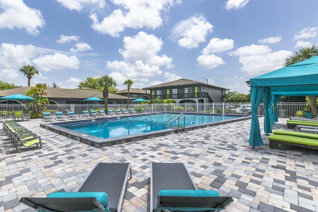 Central Place At Winter Park 7000 University Blvd Apartment For Rent