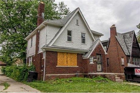 14041 St Marys St, Detroit, MI 48227