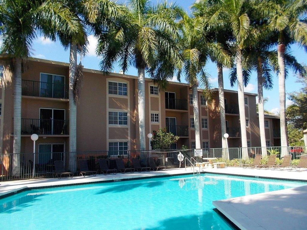 10000 SW 224th St, Miami, FL 33190