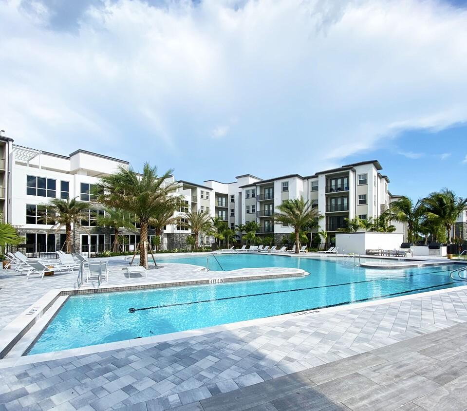 10900 Legacy Gateway Cir, Fort Myers, FL 33913