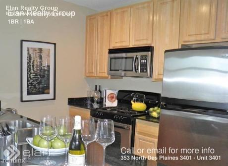 353 N Desplaines St Apt 3401 Chicago, IL 60661