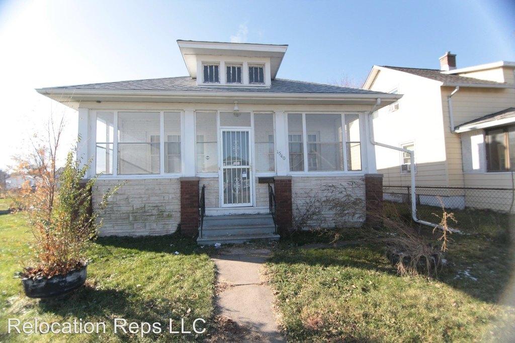 1540 10th Ave Single Family House For Rent Doorstepscom