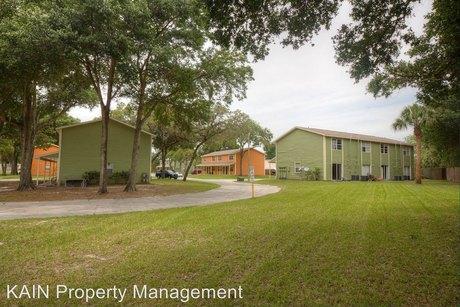 1500 E Humphrey St Tampa, FL 33604