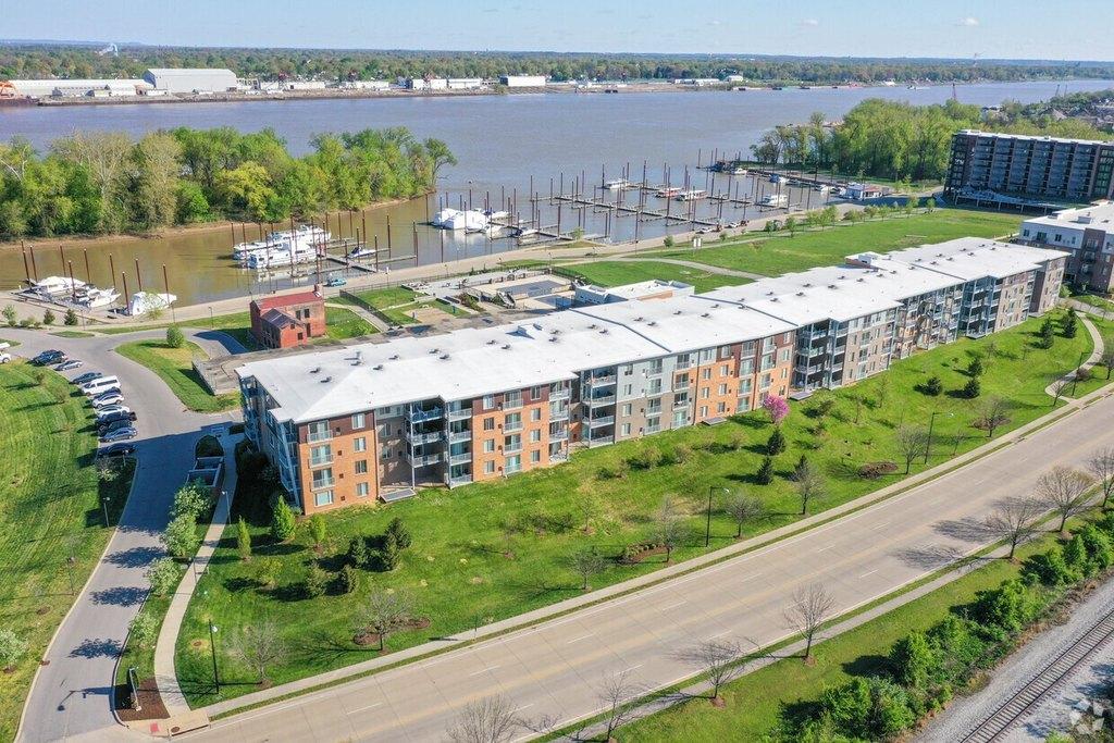 1500 River Shore Dr, Louisville, KY 40206