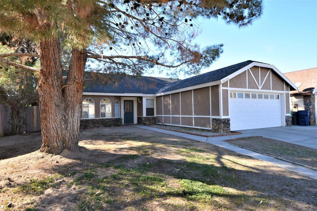 45125 Andale Ave, Lancaster, CA 93535