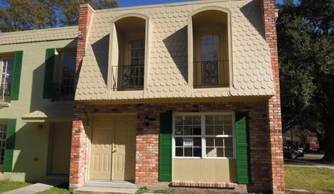 221 Kenilworth St, New Orleans, LA 70124