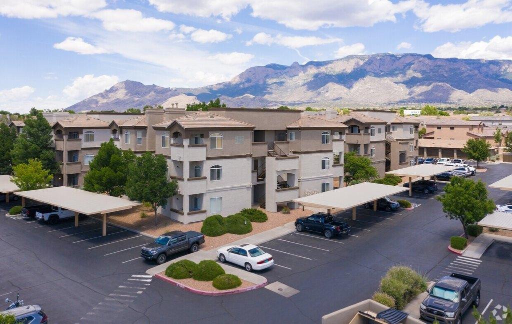 8100 Barstow St NE, Albuquerque, NM 87122