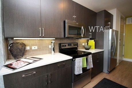 615 W 7th St Unit 27428 Austin, TX 78701