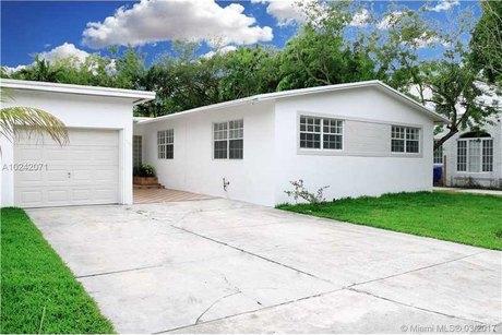 720 Ne 70th St Miami, FL 33138