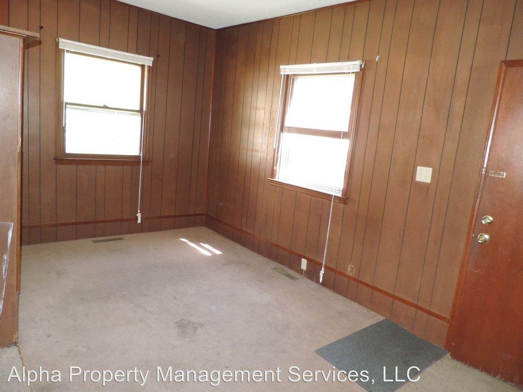 213 W Market St Apartment For Rent Doorsteps Com