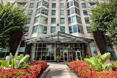 300 N Canal St, Chicago, IL 60606
