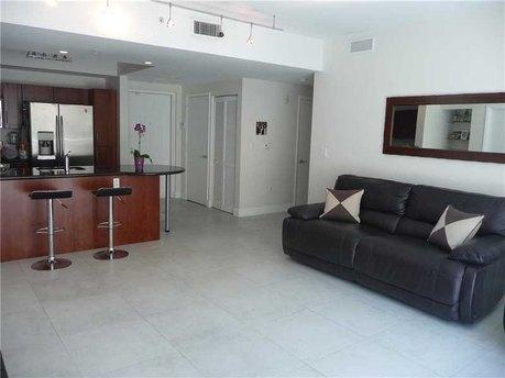 7280 Sw 89th St # 308a Miami, FL 33156
