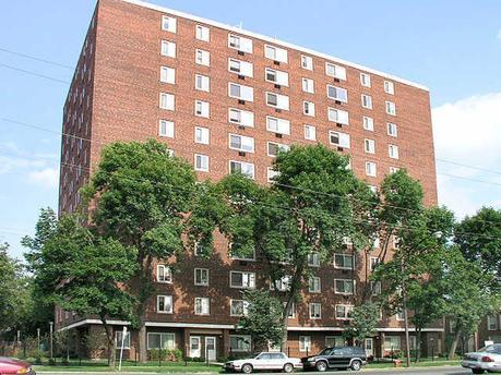 5325 S Cottage Grove Ave, Chicago, IL 60615