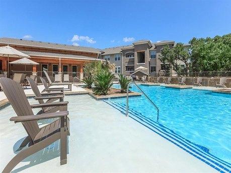 Alamo Ranch Pkwy # 1604 and Loop, San Antonio, TX 78253