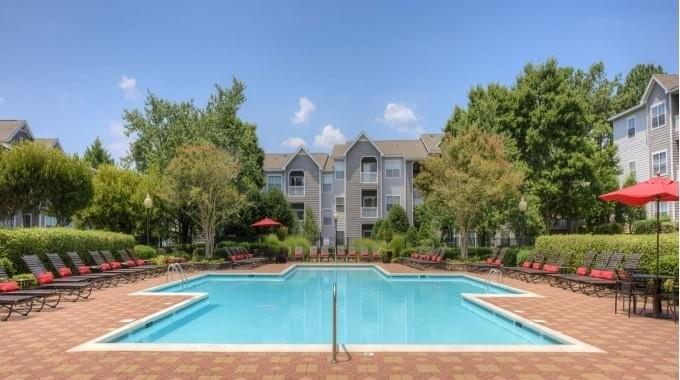 4800 Waterford Point Dr, Raleigh, NC 27612