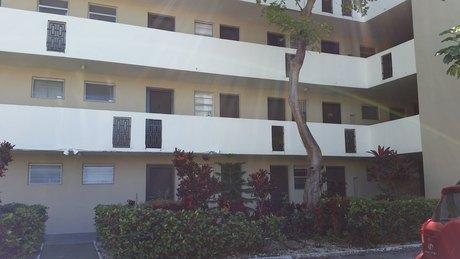 1680 NE 191st St, North Miami Beach, FL 33179