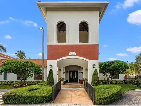 7400 SW 107th Ave, Miami, FL 33173