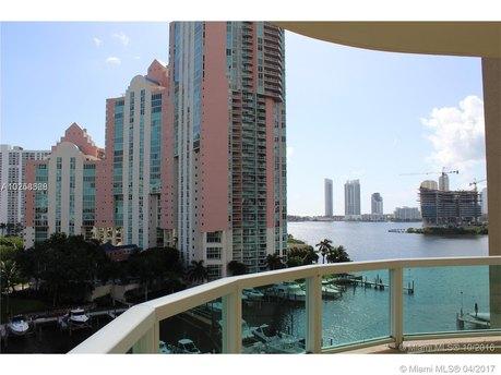 3340 NE 190th St, Miami, FL 33180
