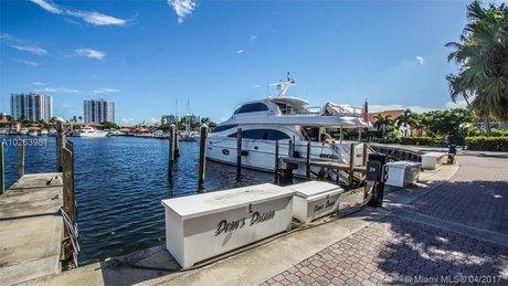 3610 Yacht Club Dr Apt 813, Aventura, FL 33180