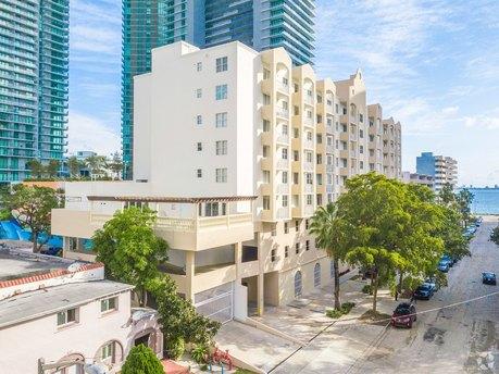 479 NE 30th St, Miami, FL 33137