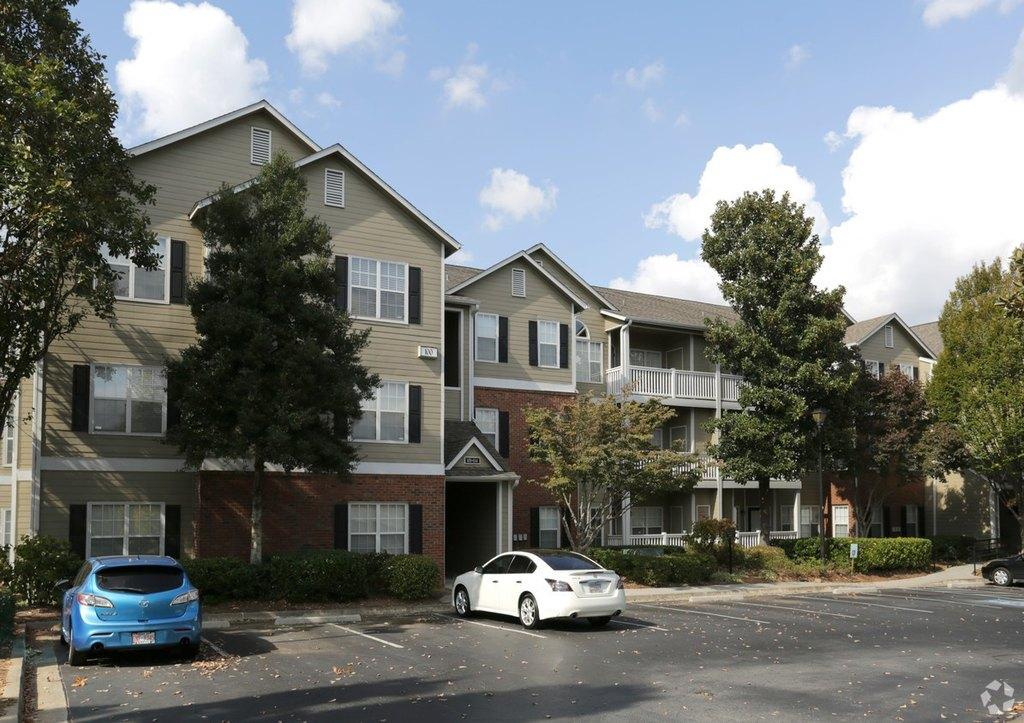5385 Peachtree Dunwoody Rd NE, Atlanta, GA 30342