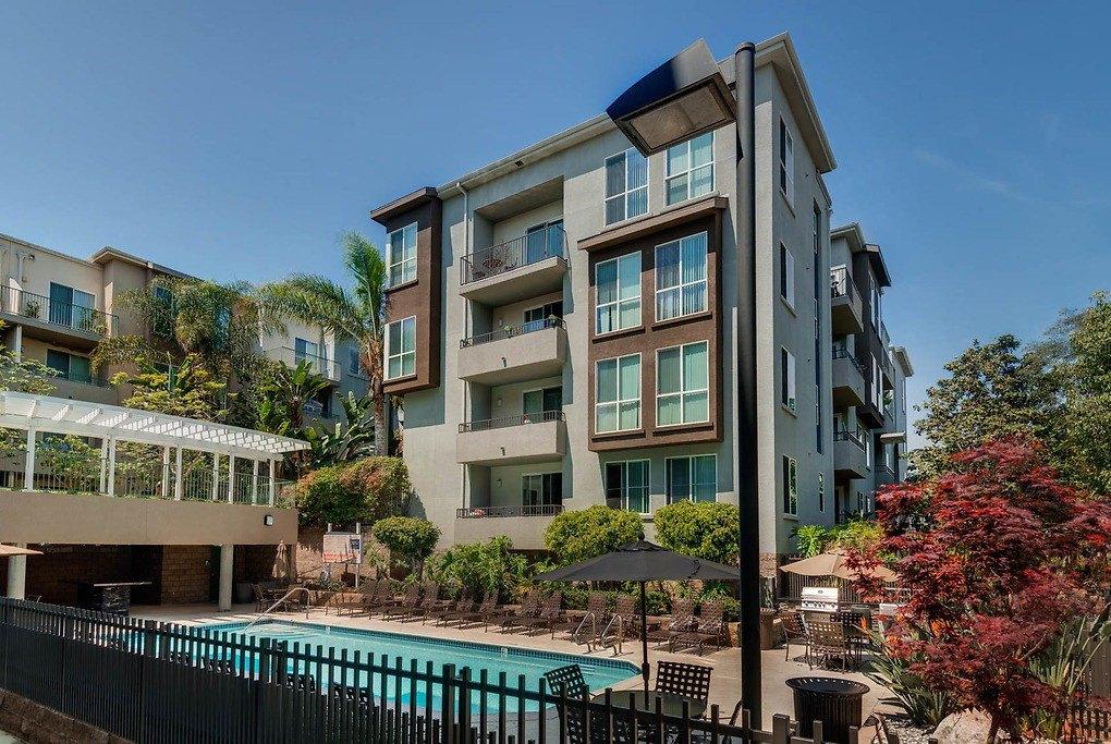 Fountain Park At Playa Vista 13141 Fountain Park Dr Apartment