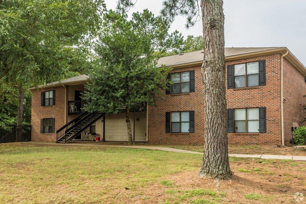 4795 Hoover Dr, Memphis, TN 38128