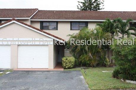 9023 SW 113 Place Cir W, Miami, FL 33176