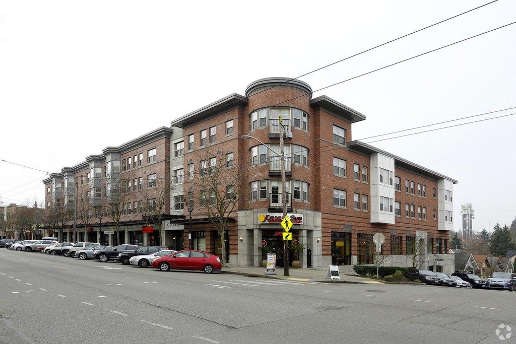 1529 Queen Anne Ave N, Seattle, WA 98109