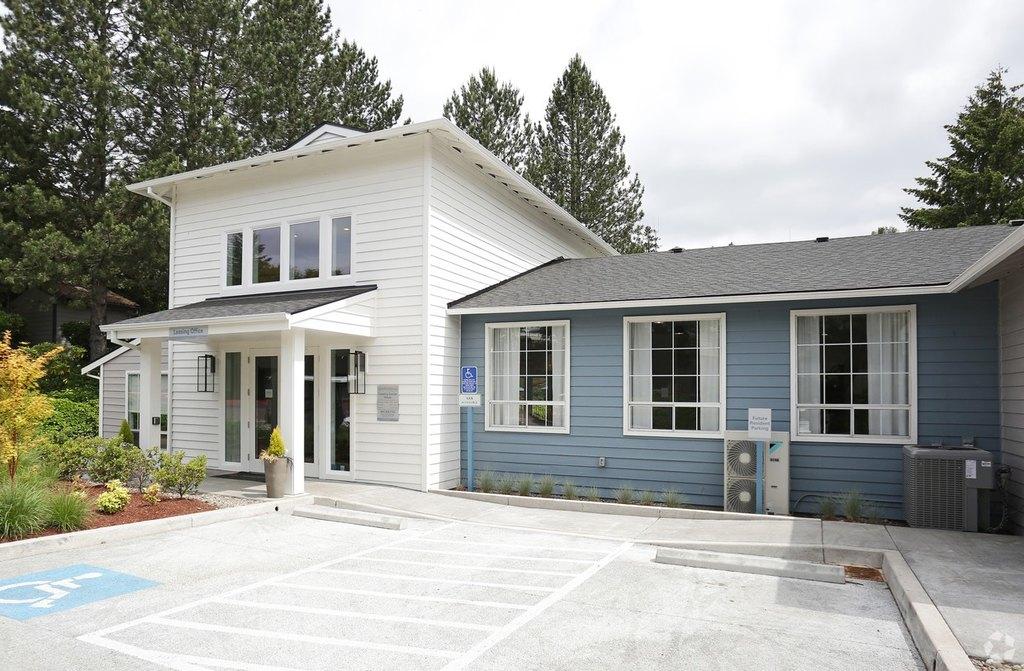 8150 SW Barnes Rd, Portland, OR 97225