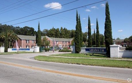 6900 Concord Dr Tampa, FL 33614
