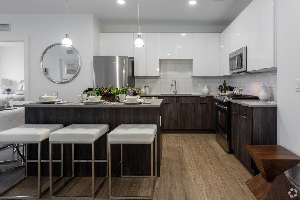 350 Herb Hill Rd, Glen Cove, NY 11542