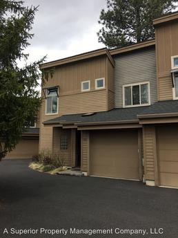 40 SW McKinley Ave, Bend, OR 97702
