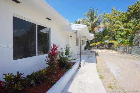 1497 NE 118th Ter, Miami, FL 33161