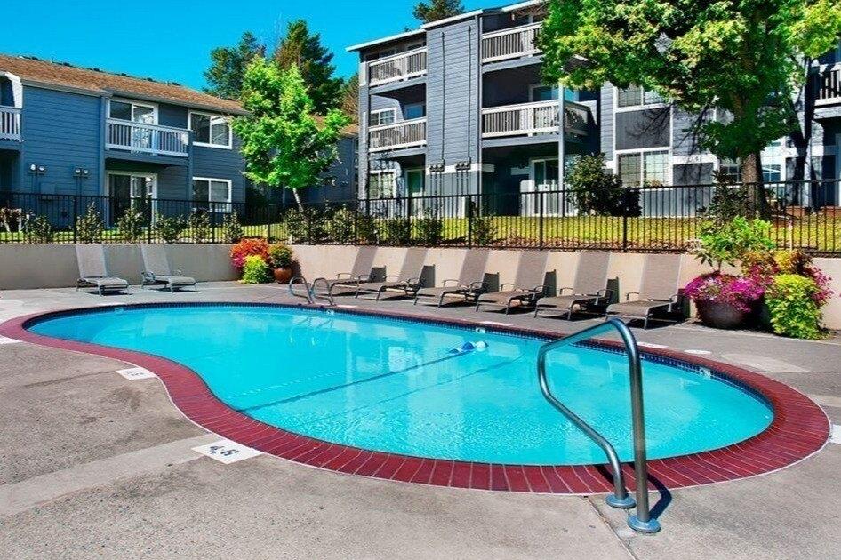 12425 NW Barnes Rd, Portland, OR 97229