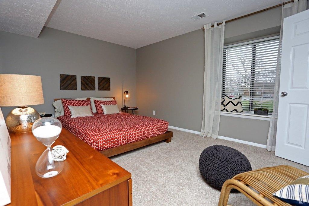 1000 Glenridge Dr, Louisville, KY 40242