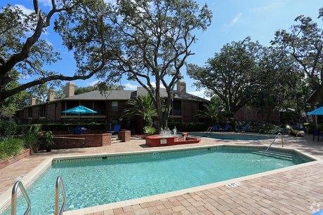 14620 Turtle Creek Cir, Tampa, FL 33613