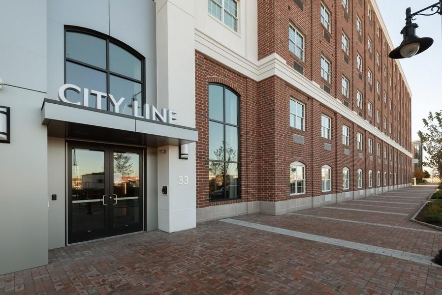 33 University Place Blvd, Jersey City, NJ 07305