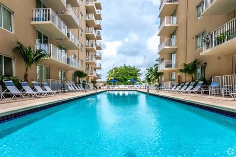 2601 NW 16th Street Rd, Miami, FL 33125