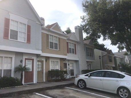 11316 Grandville Dr, Tampa, FL 33617