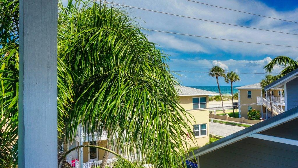 108 18th Ave # B, Saint Pete Beach, FL 33706