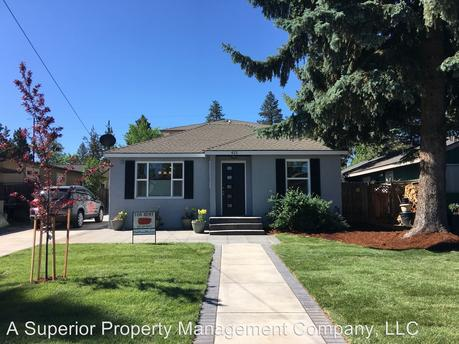 413 SE McKinley Ave, Bend, OR 97702
