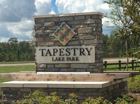 18402 Tapestry Lake Cir Lutz, FL 33548