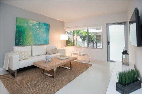 2130 Park Ave Apt 6 Miami Beach, FL 33139