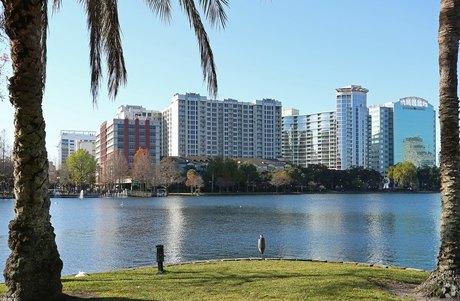 415 E Pine St Orlando, FL 32801
