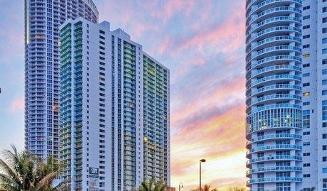 1756 N Bayshore Dr, Miami, FL 33132