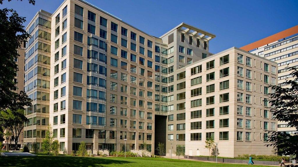 4 Emerson Pl, Boston, MA 02114